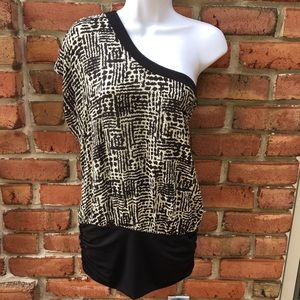 Wet Seal One Shoulder Blouse Black white print M